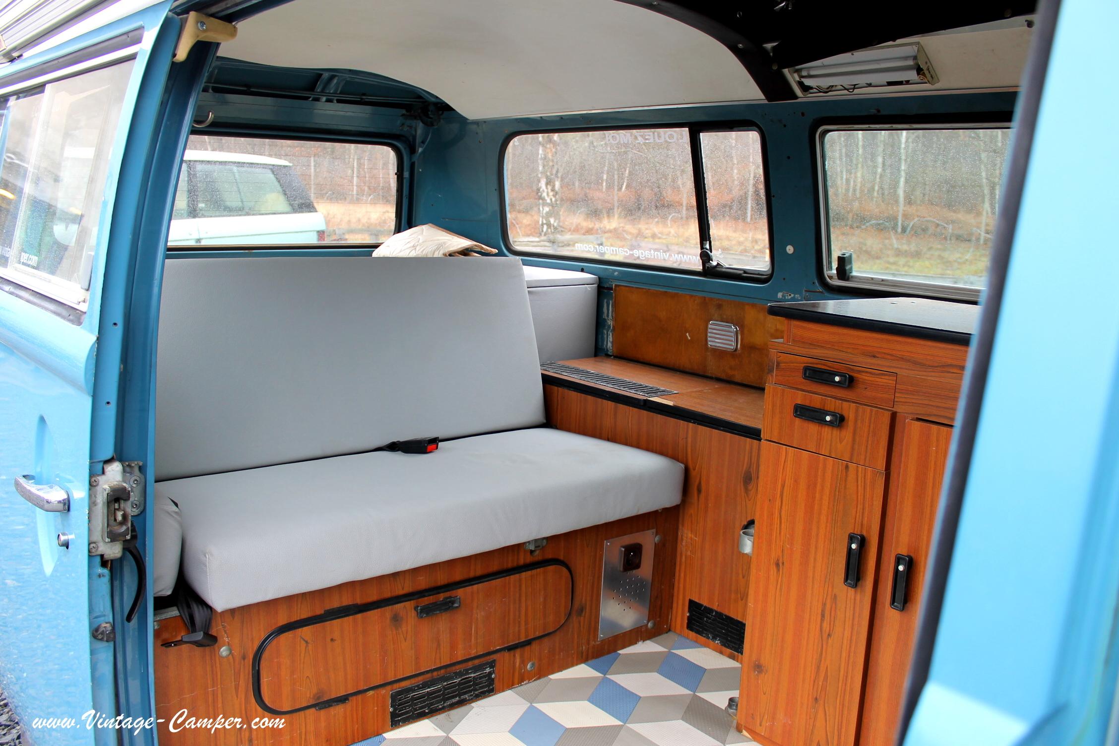 Jean paul bleu vintage camper for Interieur westfalia