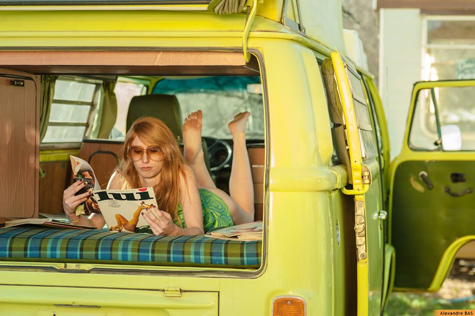 shooting photo en combi vw vintage camper. Black Bedroom Furniture Sets. Home Design Ideas