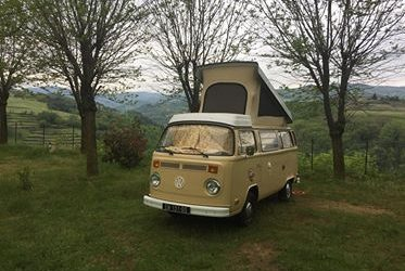 location combi volkswagen ancien et van am nag vintage camper. Black Bedroom Furniture Sets. Home Design Ideas