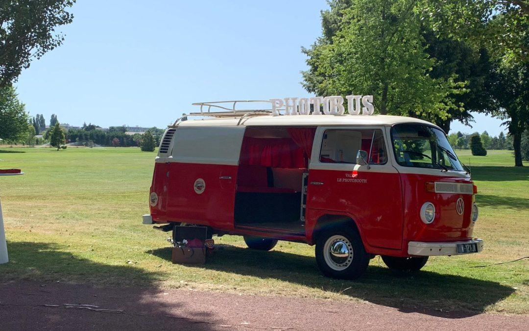 Combi VW + Photobooth = Combo gagnant! – Vintage Camper Bordeaux