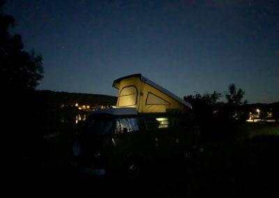 Vintage Camper Jura Suisse Bourgogne France Comte combi VW Westfalia baywindow westy camper camping vanlife
