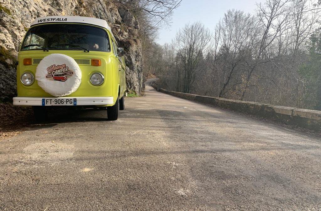 Slow Travel – Vintage Camper Jura