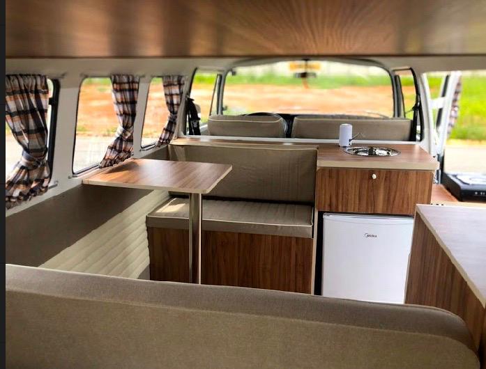 Organisez votre road-trip en famille dans un combi Volkswagen Vintage Camper Ardèche