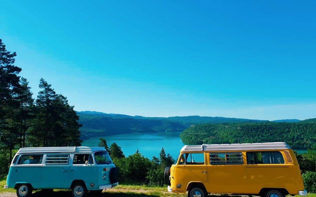 Le combi VW vous emmène… – Vintage Camper Jura